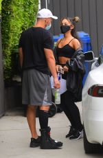Ariana Grande Showed off her super fit physique as she left a gym in Los Angeles