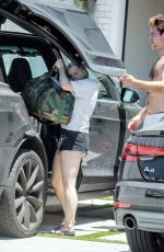 Ariel Winter In shorts moving in to her home LA