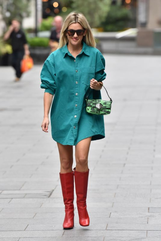 Ashley Roberts Arriving at Global Radio in London