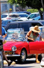 Chris Pine and Annabelle Wallis take a trip to Lassens Natural Foods in Los Angeles