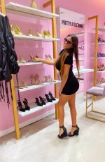 Claudia Romani Visiting the influencers / VIPs only Pretty Little Thing Show-room in Miami Beach