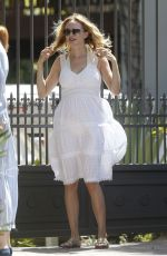 Heather Graham Arrives at a friend