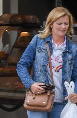 Jane Danson Spotted in Wilmslow Cheshire getting a bite to eat at her local bakery