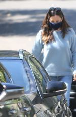 Jennifer Garner Outside her home in brentwood