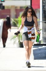 Jessica Gomes Flashes her toned midriff during a boxing session in West Hollywood