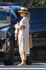 Kate Hudson Leaving a friends house after a pool party in Malibu