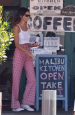 Kendall Jenner Out for lunch in Malibu