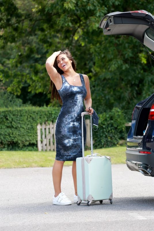 Lydia Clyma Heading off on her holiday after lockdown