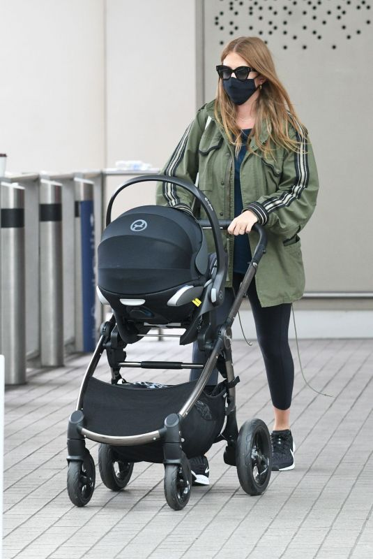 Millie Mackintosh Leaving a train station in London