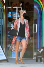 Nicky Hilton Goes shopping at Kitson Kids in West Hollywood