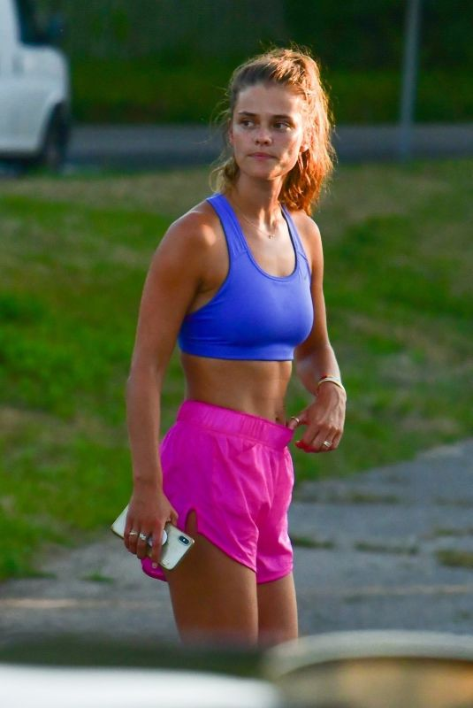 Nina Agdal Finishing a workout in the Hamptons
