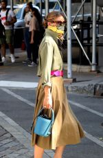 Olivia Palermo Looking very stylish running errands in Dumbo, Brooklyn