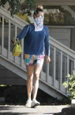 Rebecca Romijn Leaving the Calabasas Farmers Market while out running some errands