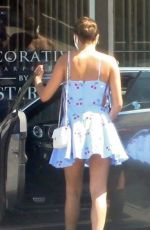 Sara Sampaio Gets her nails done in West Hollywood