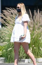 Sophie Turner Meets friends for lunch in Encino