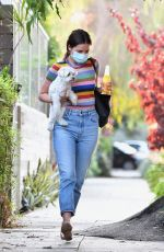 Ana de Armas Picks up the last of her things as she moves from Venice Beach into Ben