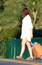 Anne Hathaway Heading to the beach in Connecticut