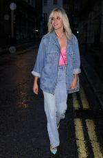 Ashley Roberts Shows off her new hair style in double denim for girls night out at El Pirata Tapas restaurant in London