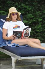 Brooke Shields Out relaxing in the Hamptons