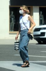 Carey Mulligan Out in Beverly Hills