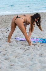 Claudia Romani Seen exercising on the South Beach