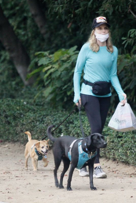 Courtney Thorne-Smith Takes her beloved dogs out for an early morning walk in Brentwood