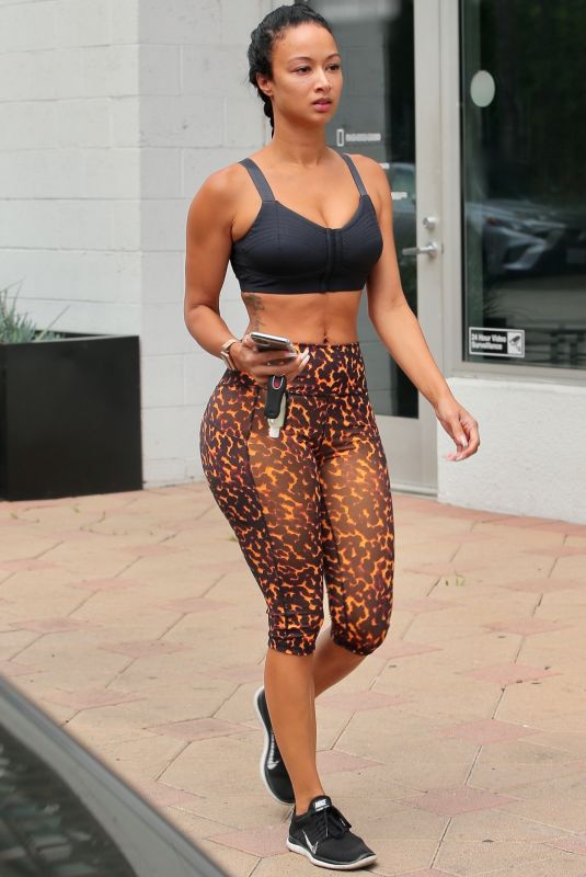 Draya Michele Shows off her chic & curvy figure as she is spotted in Los Angeles