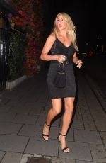 Ellie Goulding Outside Annabel