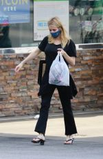 Emma Roberts Out shopping in Los Feliz