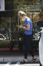 Kaley Cuoco Grabs a smoothie after spending time at the Equestrian center in Los Angeles