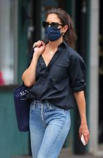 Katie Holmes Headed Into Vito Schnabel