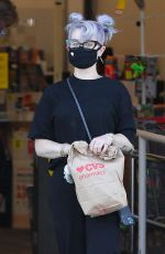 Kelly Osbourne Was seen exiting a CVS Pharmacy in Los Angeles