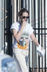 Kristen Stewart Stops at a pet store while out running a few errands with a friend in Los Feliz