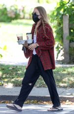 Mary Kate Olsen Getting coffee in The Hamptons