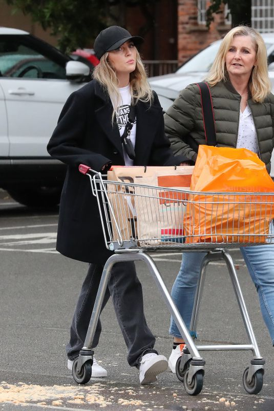 Perrie Edwards Out Shopping At Supermarket in Cheshire
