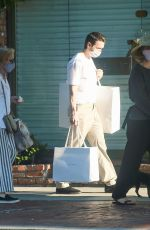 Sarah Paulson & Holland Taylor Enjoy a shopping trip together on Melrose Place in West Hollywood