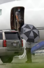 Taylor Swift Seen arriving via private plane at the airport in Burbank