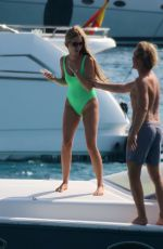 Vivian Sibold Spotted On A Boat Enjoying Her Time In Formentera