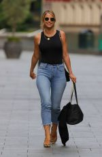 Vogue Williams In tight jeans arriving at Heart Radio in London