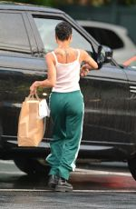 Zoe Kravitz Picks up some Mexican take out food in NYC