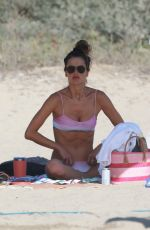 Alessandra Ambrosio Has fun playing beach volleyball with friends in Santa Monica