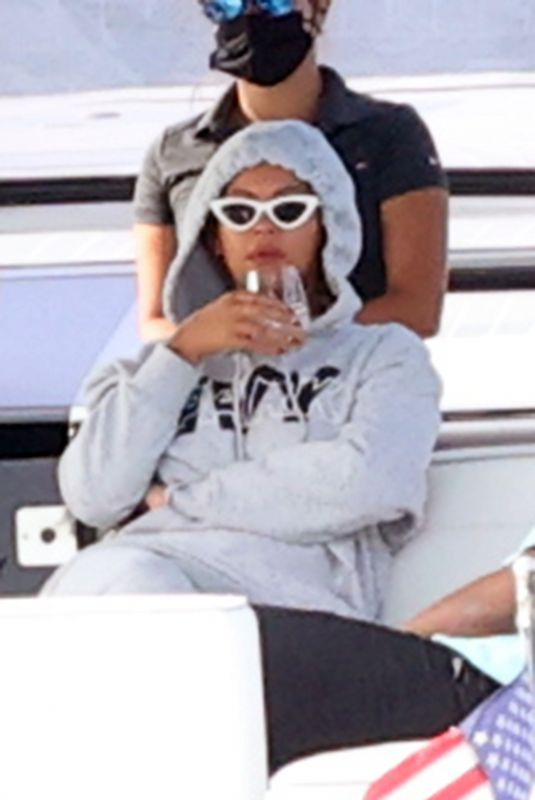 Beyonce and her husband Jay Z are photographed taking a boat ride with their family and friends in the Hamptons New York