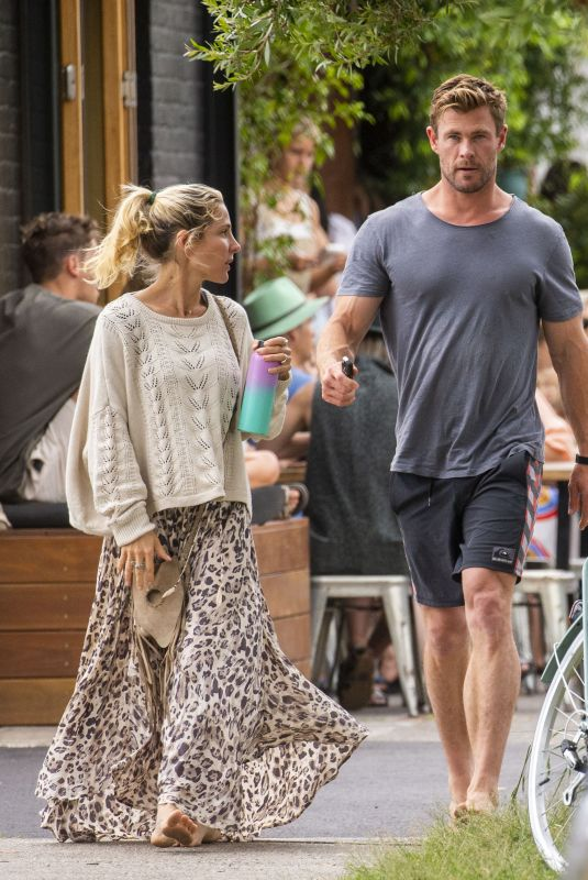 Chris Hemsworth & Elsa Pataky Seen going barefoot while out for breakfast in Byron Bay