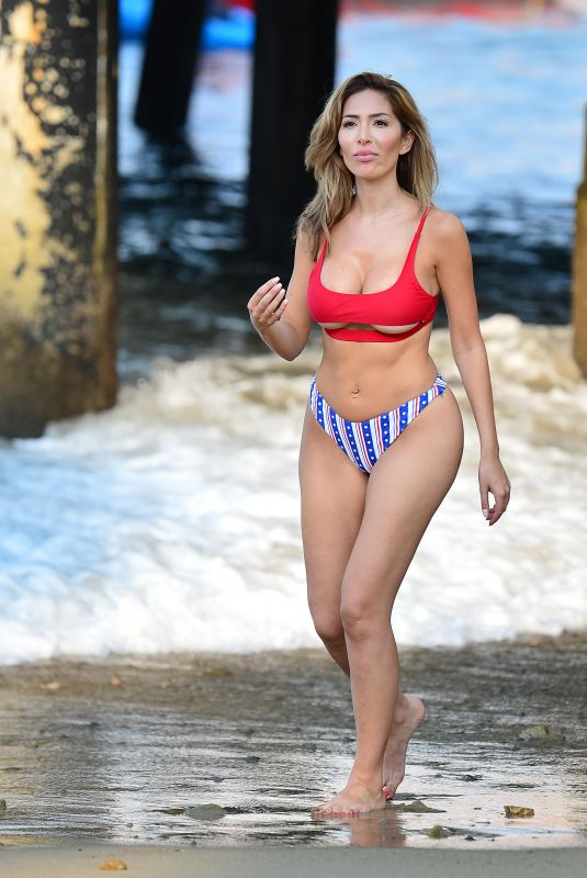 Farrah Abraham In a skimpy swimsuit during a trip to famous Catalina Island