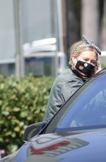 Hilary Duff Rocks a casual look to run some errands in Los Angeles