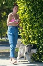 Ireland Baldwin Out with her dog in Los Angeles