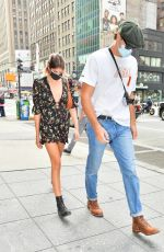 Jacob Elordi - & Kaia Gerber Keep a low profile as they head to lunch in Midtown Manhattan