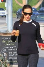 Jennifer Garner At Coffee run in leggings in LA