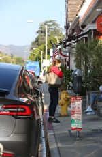 Jennifer Garner Seen out & about in Brentwood