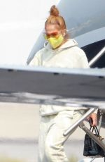 Jennifer Lopez Waves as she exits her private jet as she touches down in Los Angeles